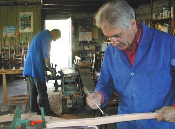 Comment fabriquer une chaise en bois traditionnelle 2 for Fabriquer une chaise en bois